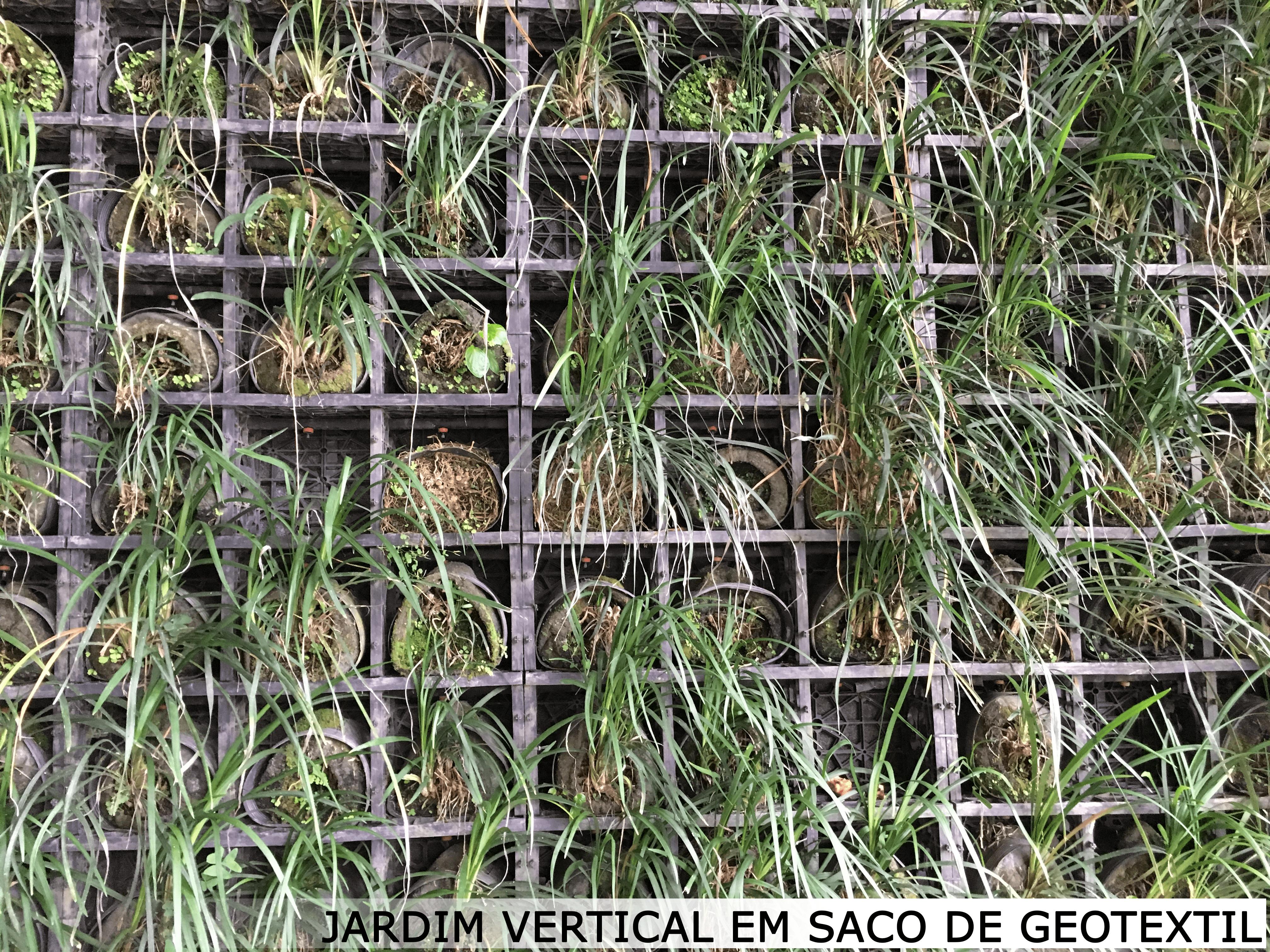 jardim vertical em saco geotextil